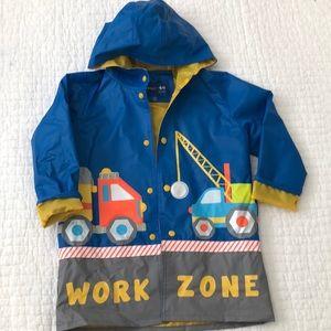 Kids construction print raincoat, 5/6